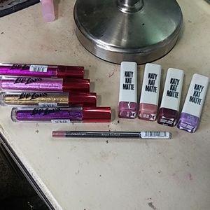 Covergirl lot of 4 lipstick, 4 lip lava & lip line